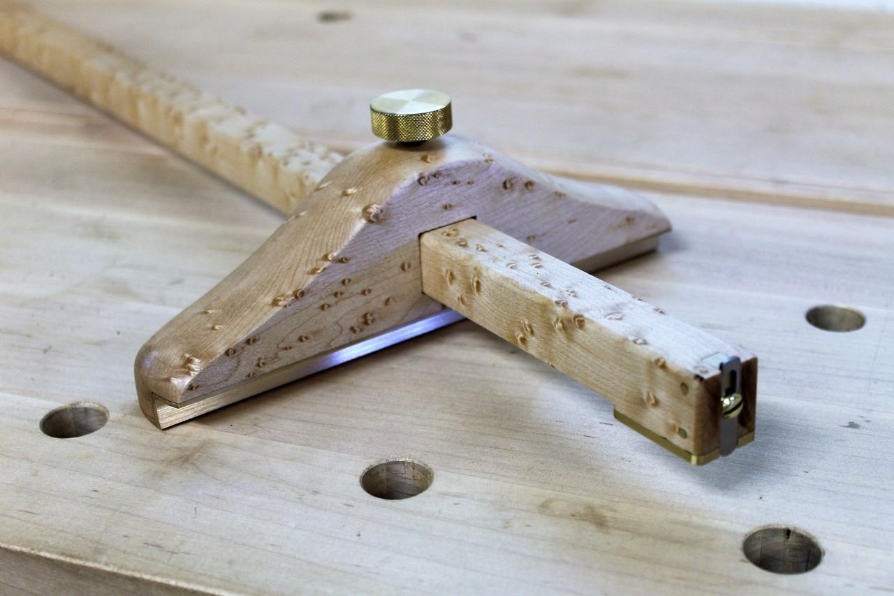 Hamilton Panel gauge