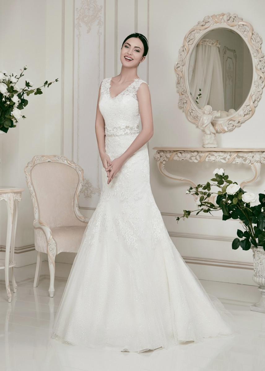 Fit And Flair Lace Wedding Dress With Straps Wedding Dress Fantasy