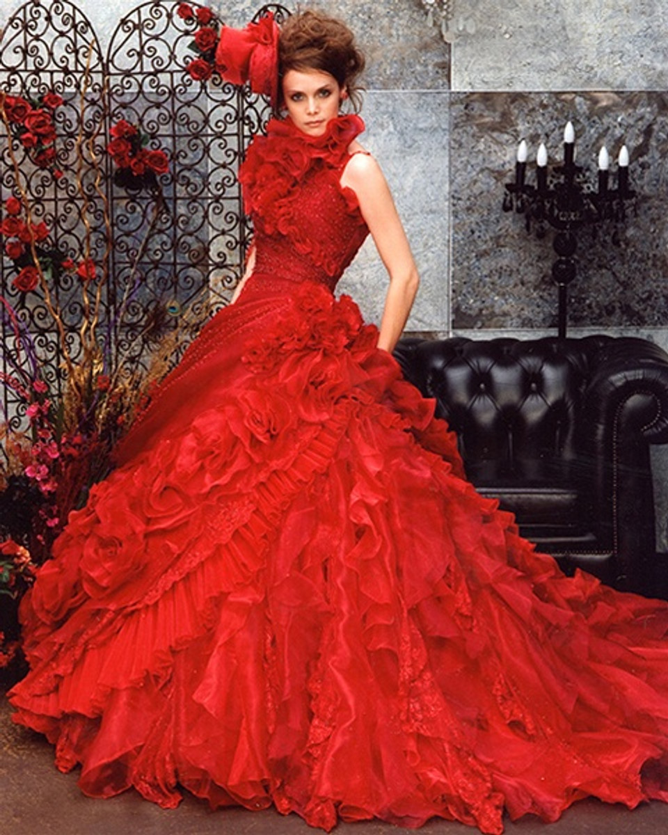 Wedding Gowns With Red: Red Wedding Dress