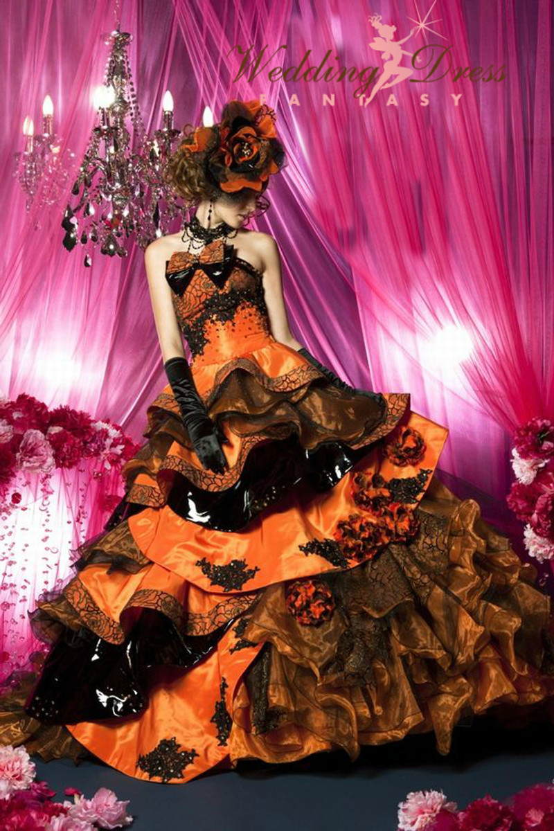 gorgeous halloween wedding dress in orange and black