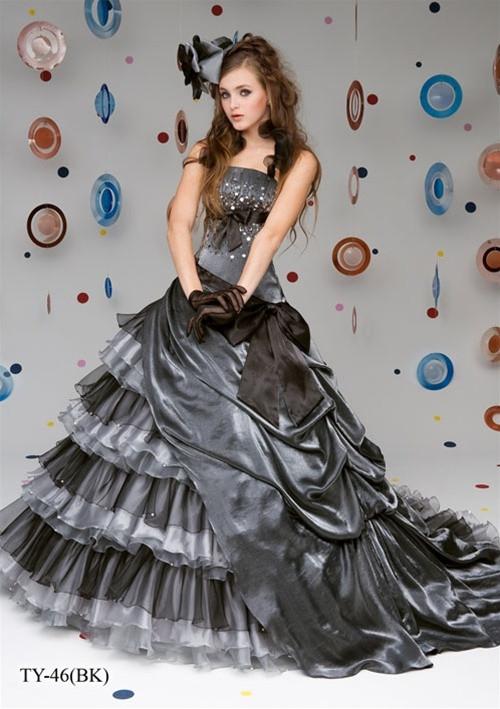 Gray Wedding Dress Gothic