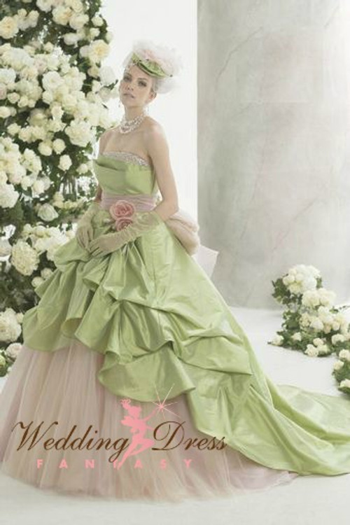 Green wedding dresses green wedding dress junglespirit Image collections