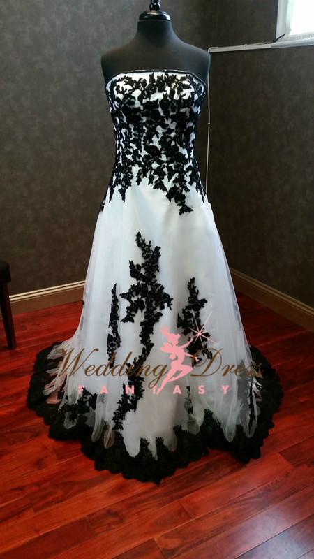 Black and White Wedding Dresses Gothic