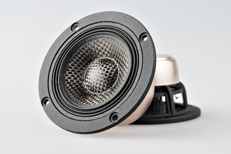 "X3 3.7"" Carbon Fiber Speaker Set with Dust Cap"