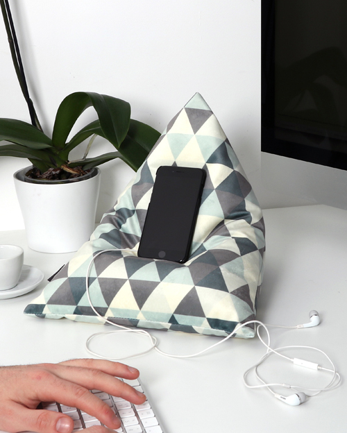 Triangles Cool Ice - Tetrahedron Shape Smart Cushions