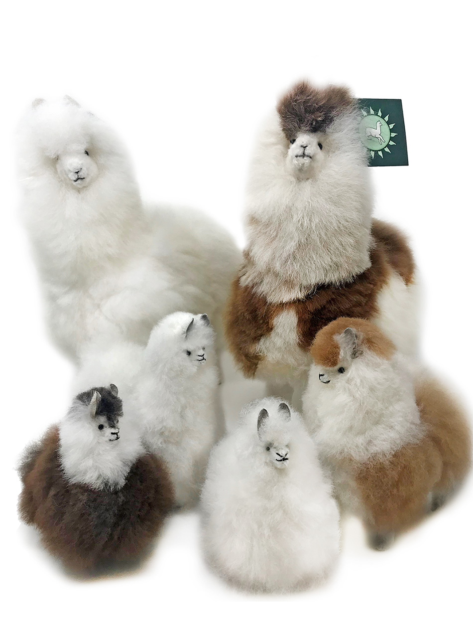 Alpaca Fur Figures in natural shades White & Multi