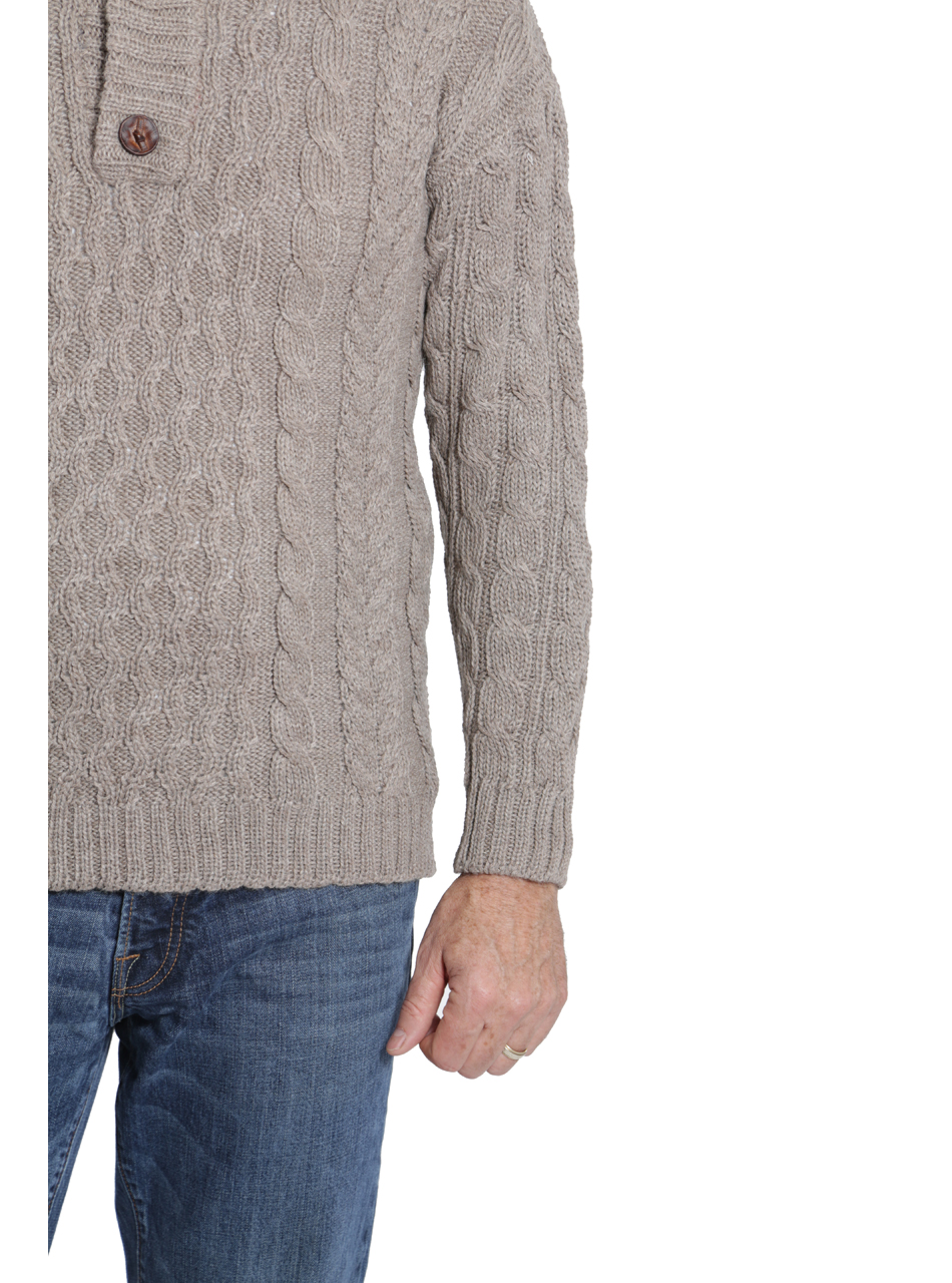 Men's Cable 3-Button Neck Alpaca Pullover Detail