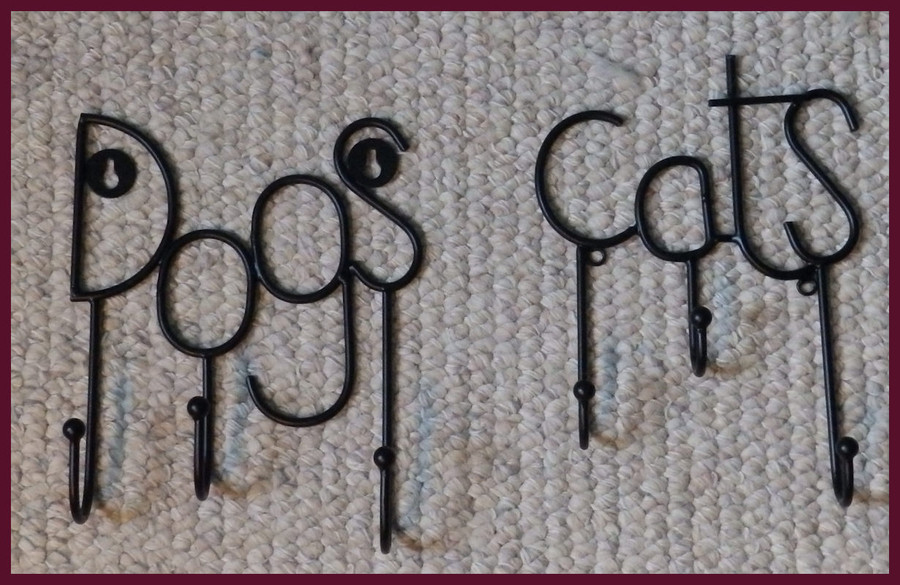 """Metal - Dog and Cat Triple Hangers ~7"""" w x 8"""" T (12404 and 12459)"""