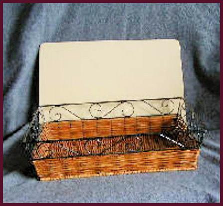 basket-rectangle-basket-with-lid-222221-boarder.jpg