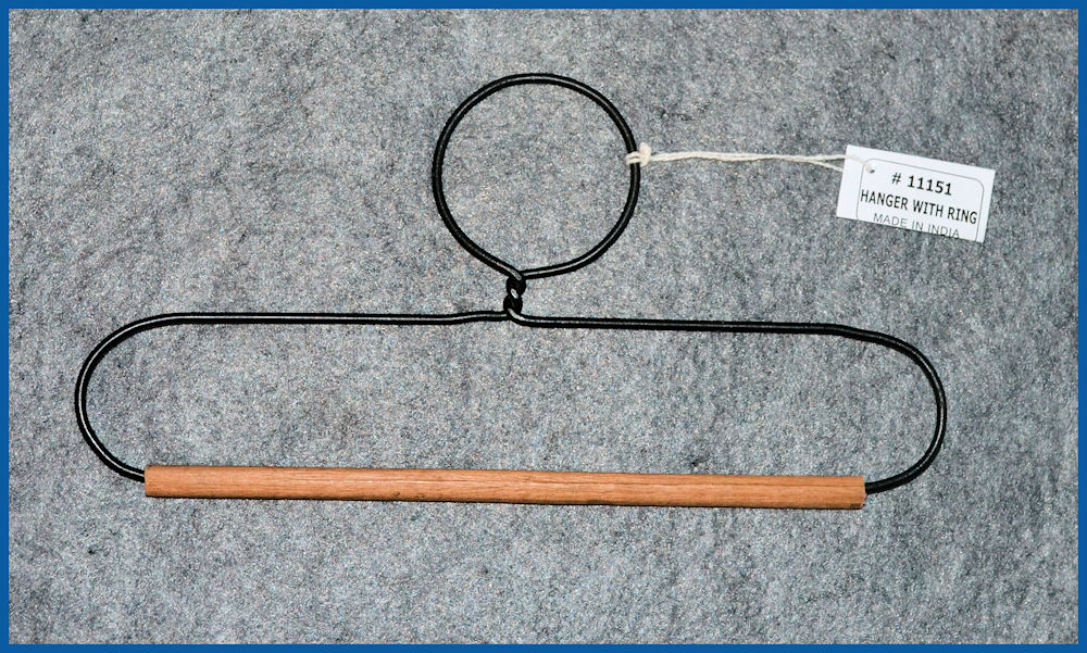 da-metal-hanger-with-ring-9-x-4-sm.jpg