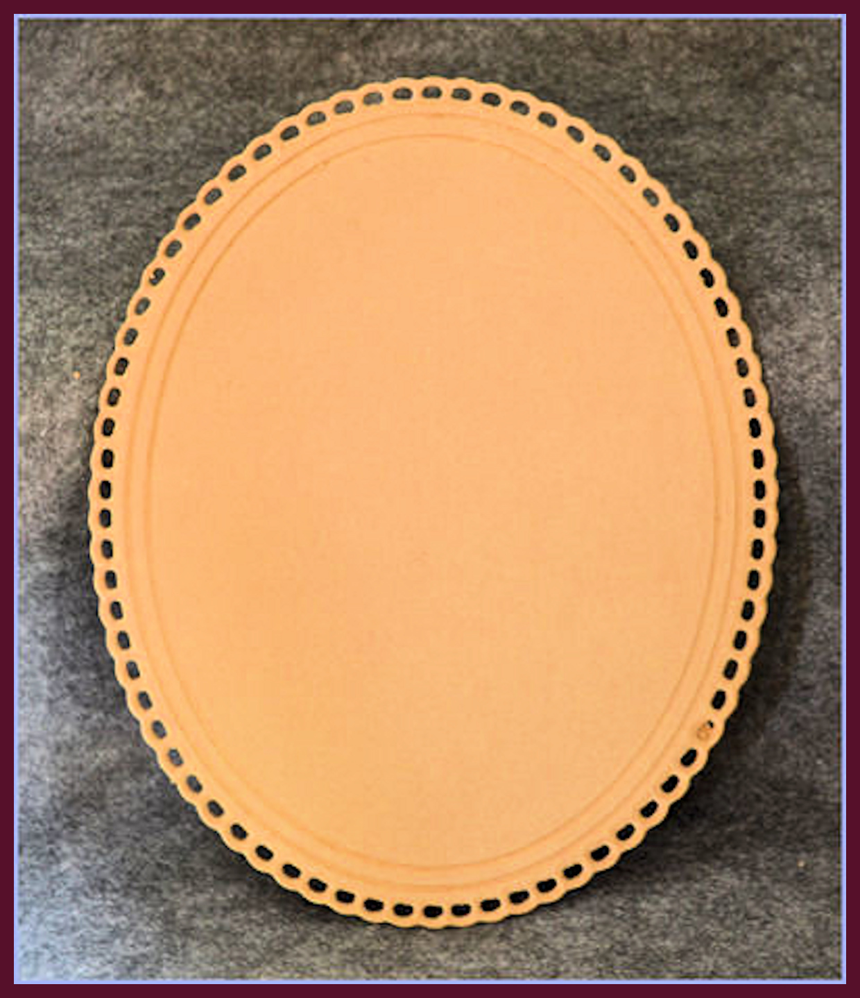 lw-oval-lace-plaque-11161-boarder.jpg