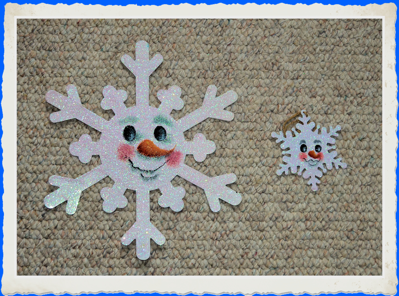 or-snowflake-ornments-painted-13xxx-boaarderframed.jpg