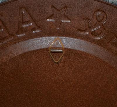 plate-abc-plate-12-inch-new-back-hanger-sm.jpg