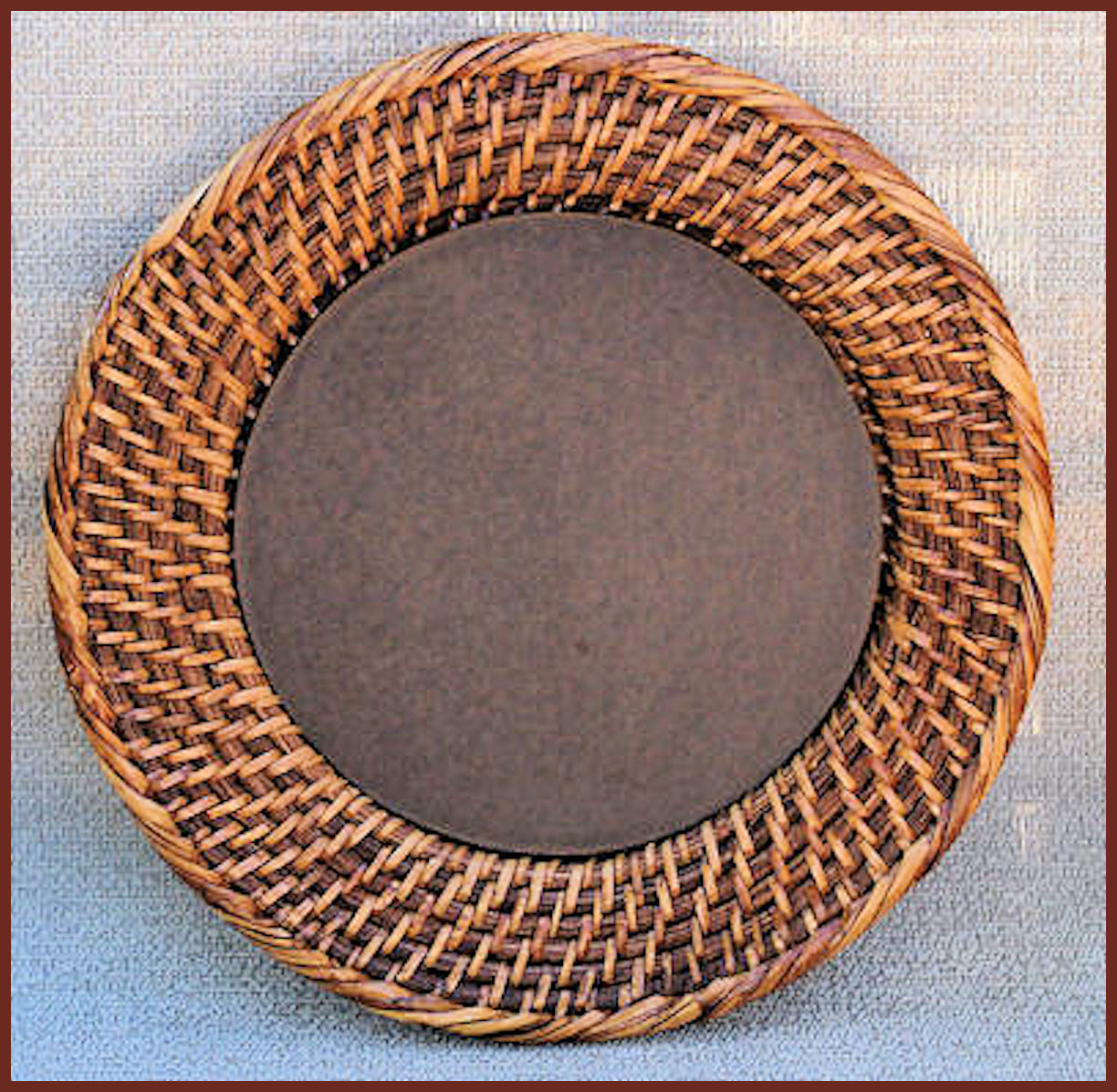 plate-round-rattan-charger-1661-boarder.jpg