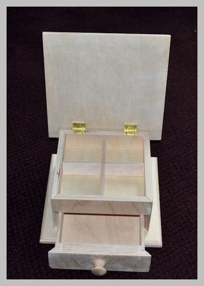 wood-folk-art-box-opened-sm-120405.jpg
