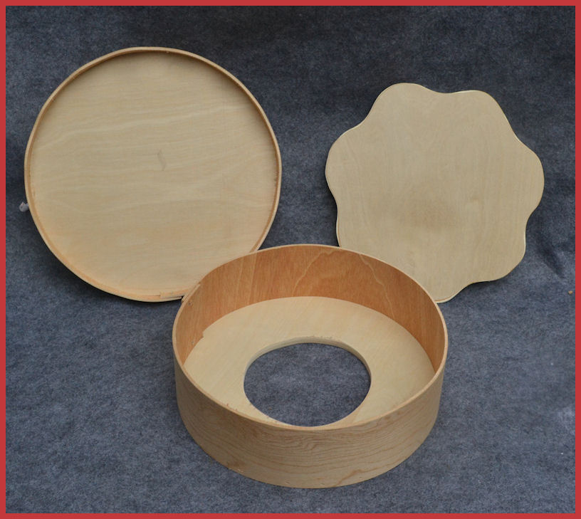 wood-round-box-with-fluted-insert-open.jpg