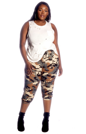Plus Cropped Camo Jogger