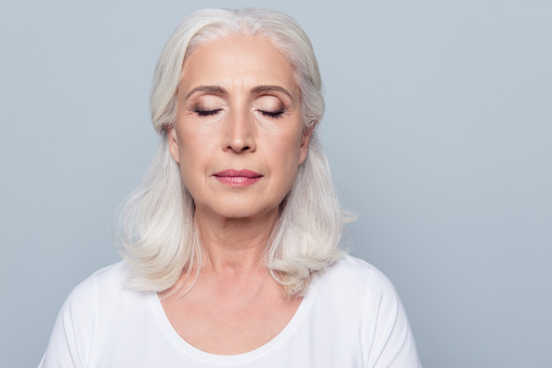 Common Causes of Sagging Eyelids and Their Treatment