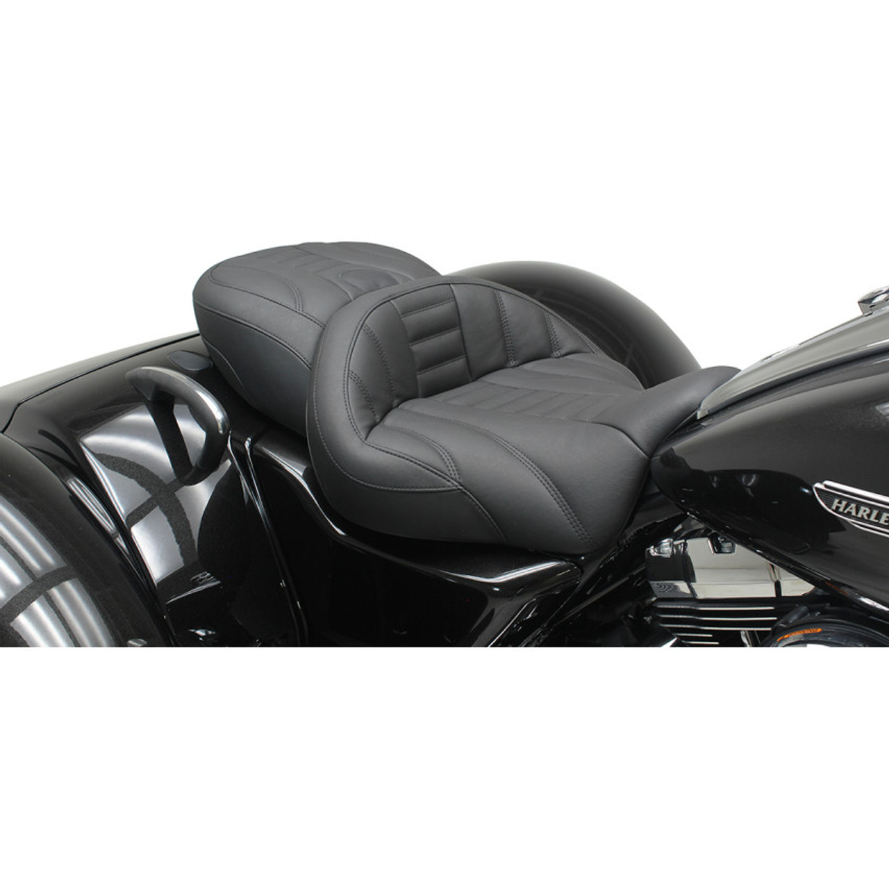 Mustang Super Touring Seat For 2015 2017 Harley