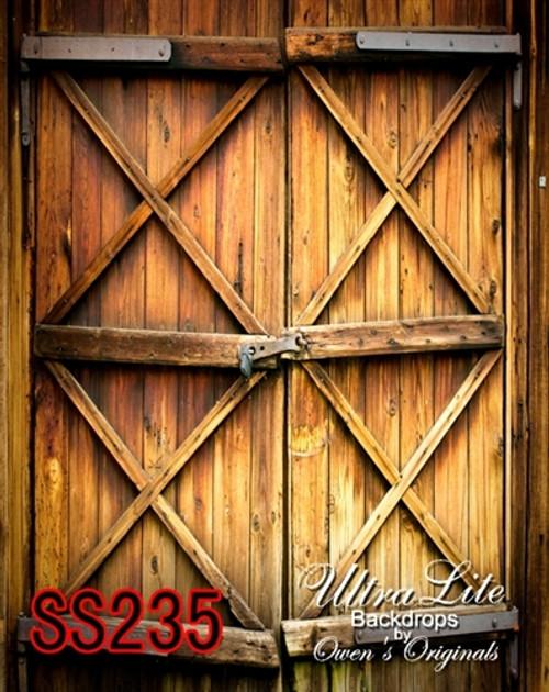 & Scenic Wooden Stable Doors Ultralite Backdrop