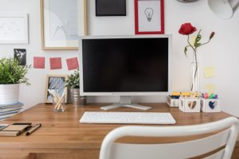 Finding Peace at Work: A Guide to Desk Feng Shui