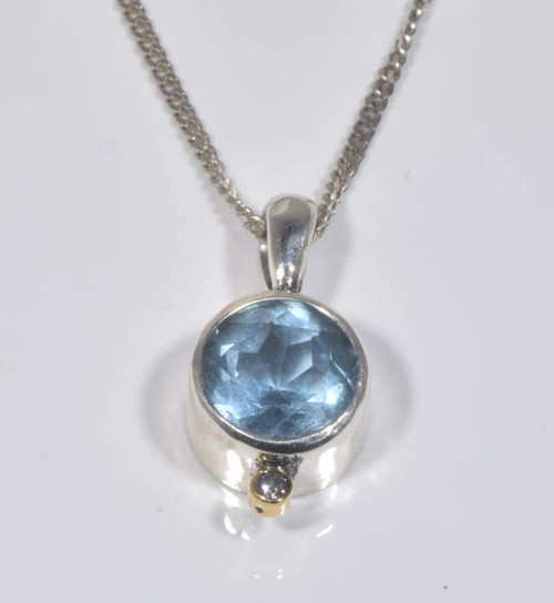 Sky blue topaz pendant the blue topaz the sky blue topaz pendant is hand crafted in portland maine mozeypictures Gallery
