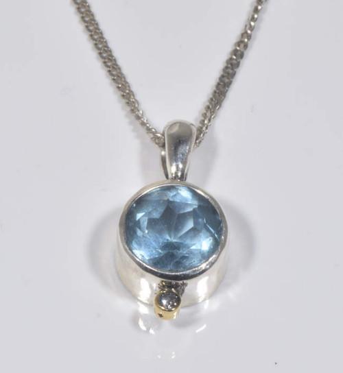 Sky blue topaz pendant the blue topaz the sky blue topaz pendant is hand crafted in portland maine aloadofball Gallery