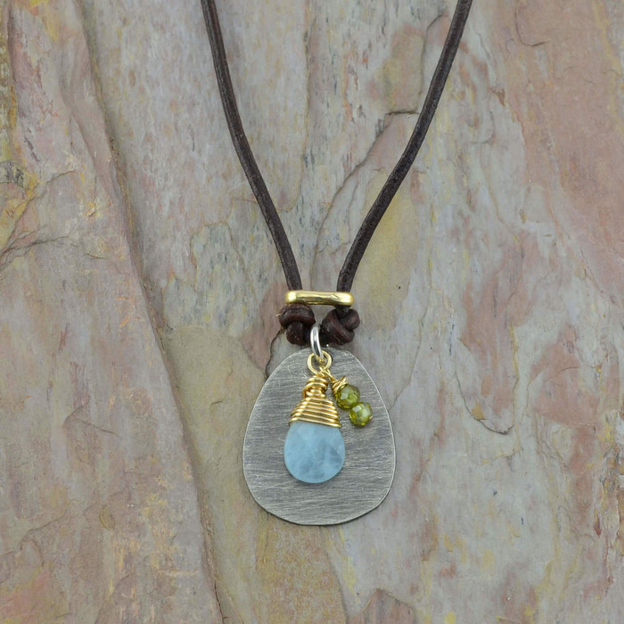Chalcedony and Green Garnet Leather Necklace