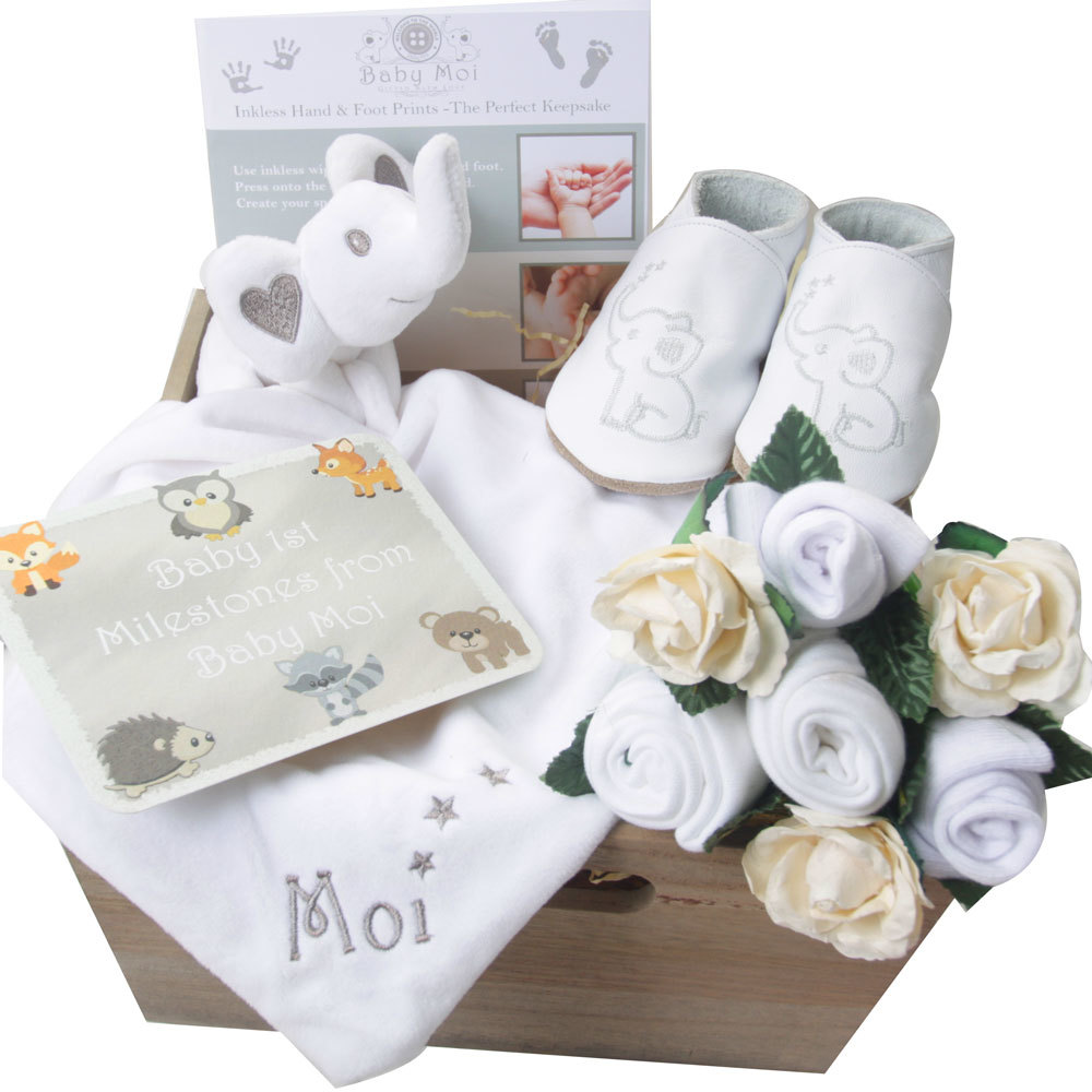 Baby shower gifts baby shower gifts uk baby shower host baby gifts negle Images