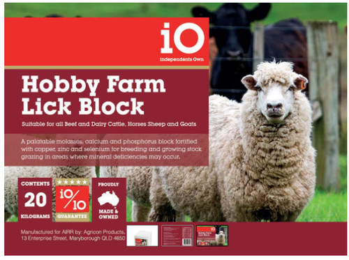 iO Hobby Farm Lick Block