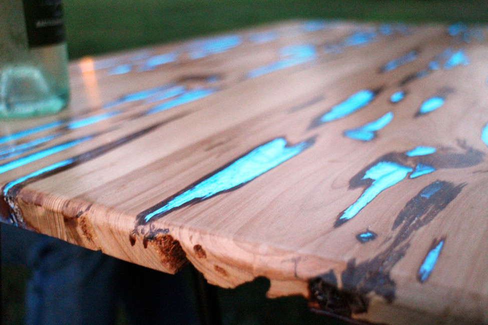 Make a Glow in the Dark Table