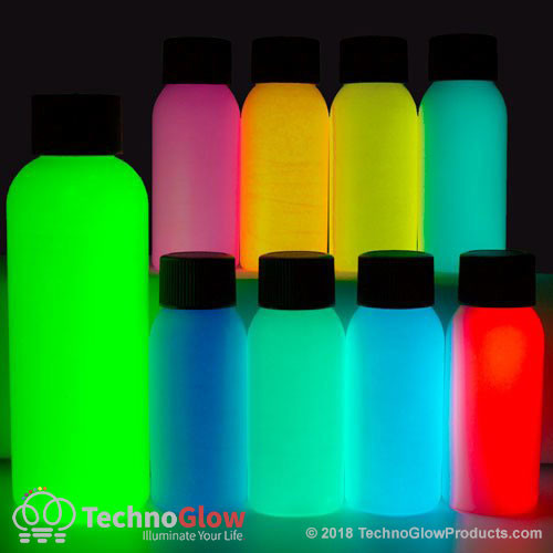 glow in the dark paint set outdoors