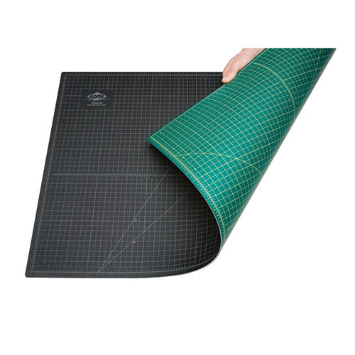 "12"" x 18"" Green/Black Professional Self-Healing Cutting Mat"