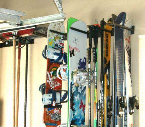 metal snowboard rack