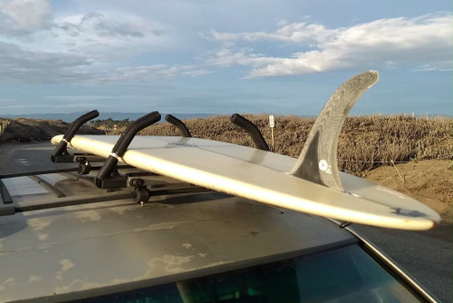 Strapless Surfboard Roof Rack | Quick Locking Adjustable Arms