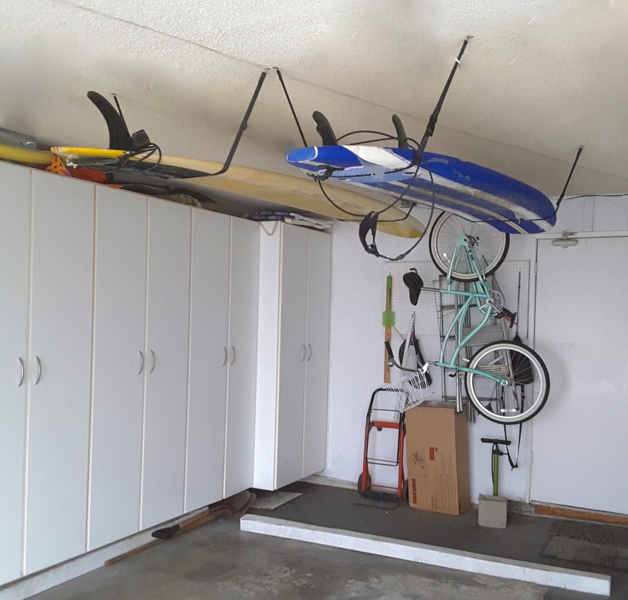 Charmant Garage Ceiling Surfboard Strap Rack