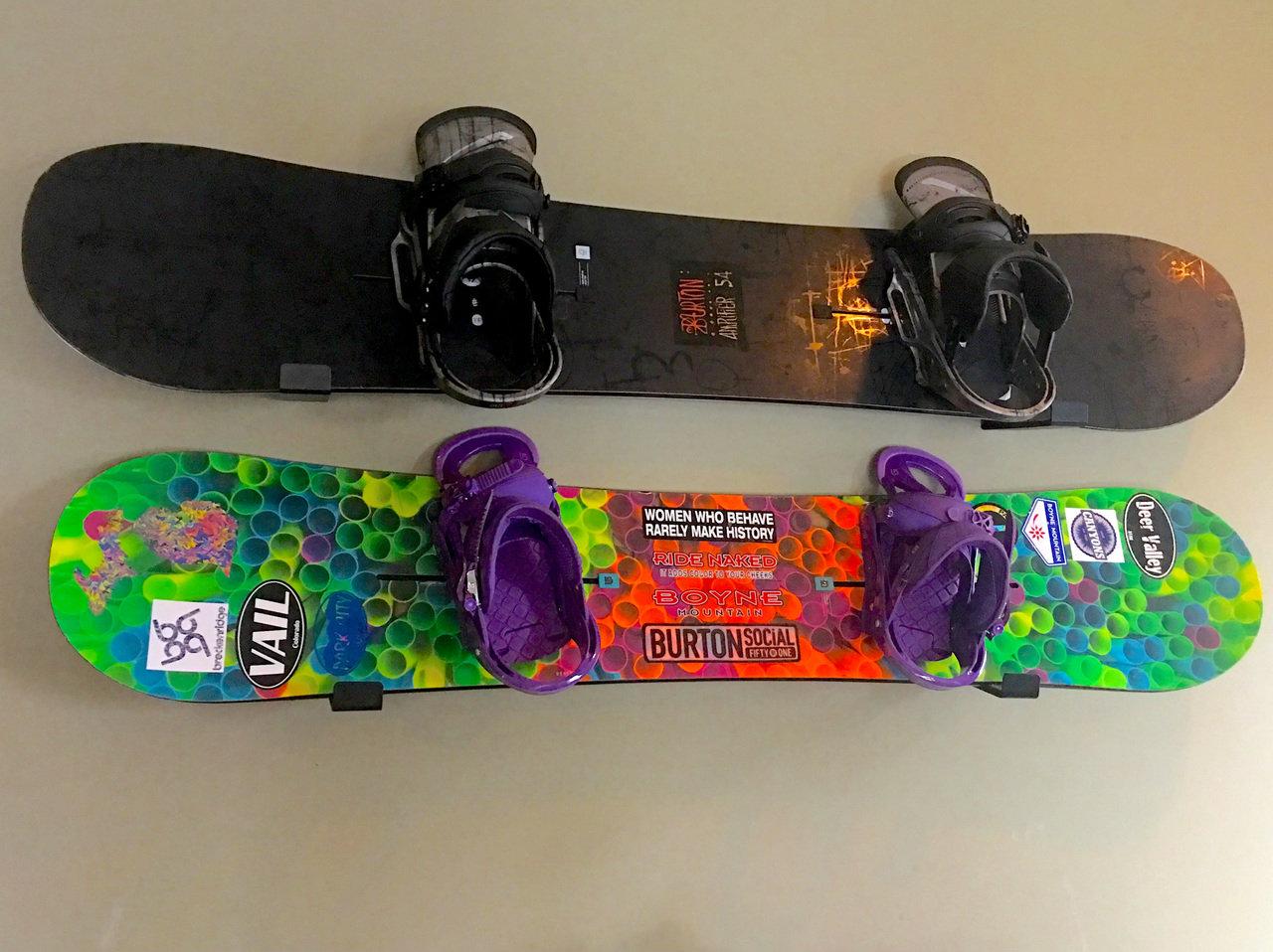 Naked Snow  Minimalist Snowboard Rack - Storeyourboardcom-2628
