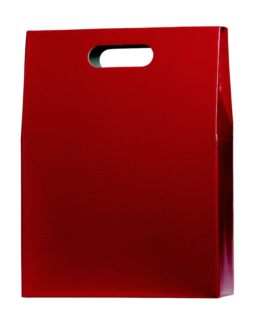 Red gift carton designed to hold up to 3 standard bottles of wine or champagne. This gift carton comes in a matt red and has an attached hinged lid. There are two cut out carry holes on either side panel for ease of carrying. The box is supplied with an additional base, handle fitting and 1/3 bottle height card dividers which creates the slots the bottles fit in. The extra base and handle fitting give this gift carton extra strength while carrying. Delivered flat packed for convenient storage.