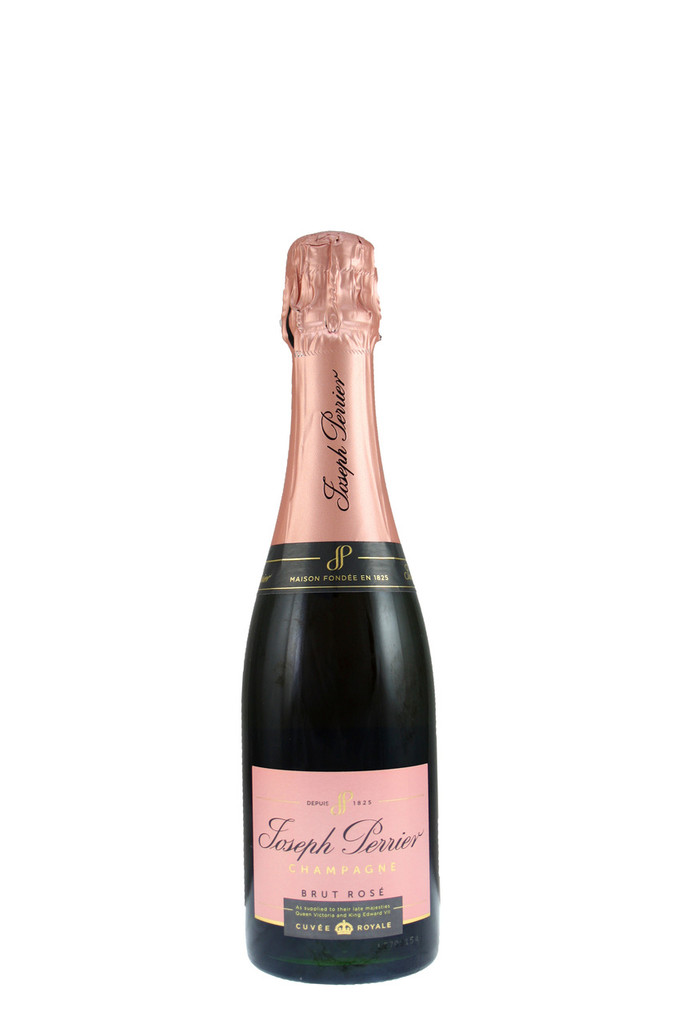 Made from 75% Pinot Noir and 25% Chardonnay, with a dash of still Pinot Noir wine from the vineyard behind the winery to give it its pink colour.