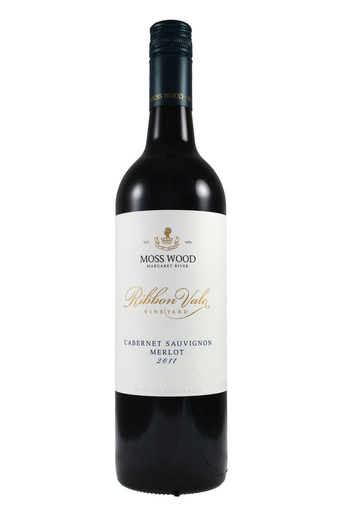 A deep and complex nose combining rich red currant, tobacco, earth, tar and cedar; complex, with great power.