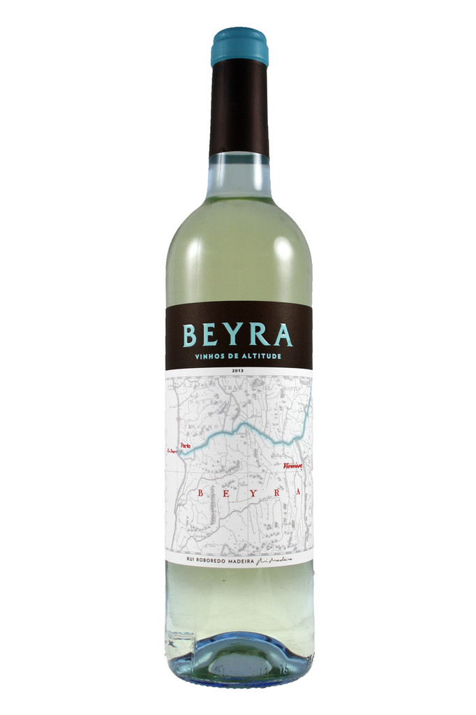 The striking zesty- and green-fruit character in Beyra Branco do make it an excellent and high quality introduction to Portugal for people who enjoy aromatic dry whites.