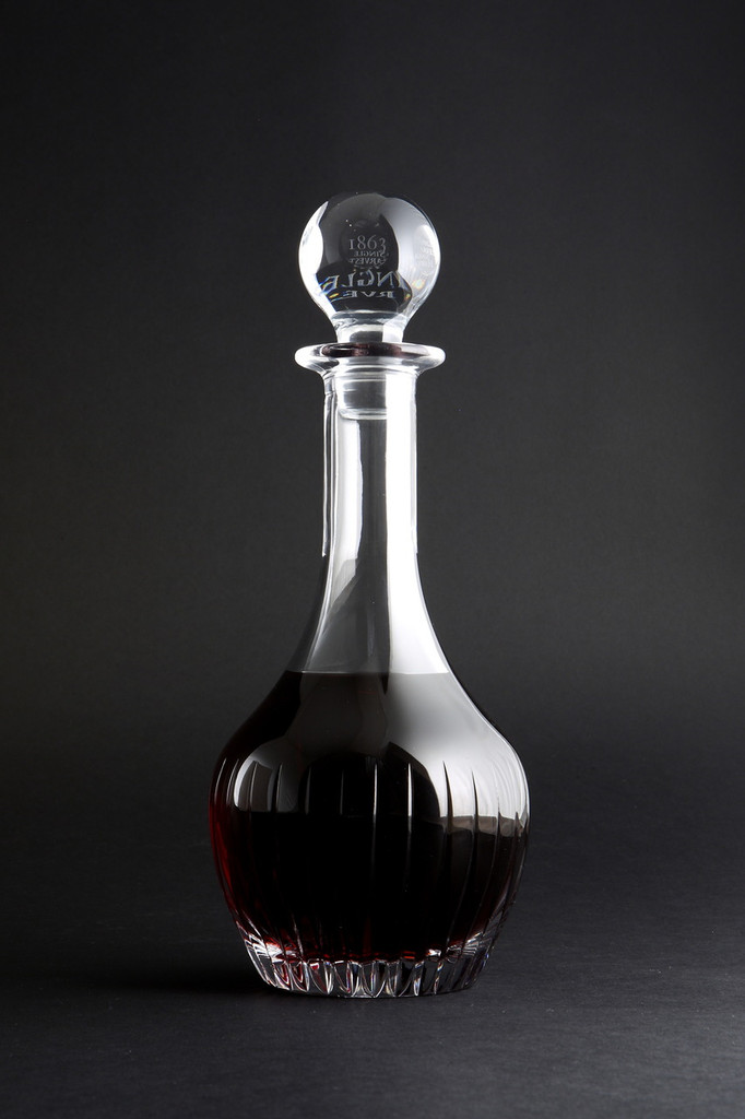Taylor's Single Harvest Port 1863 in it's bespoke decanter.