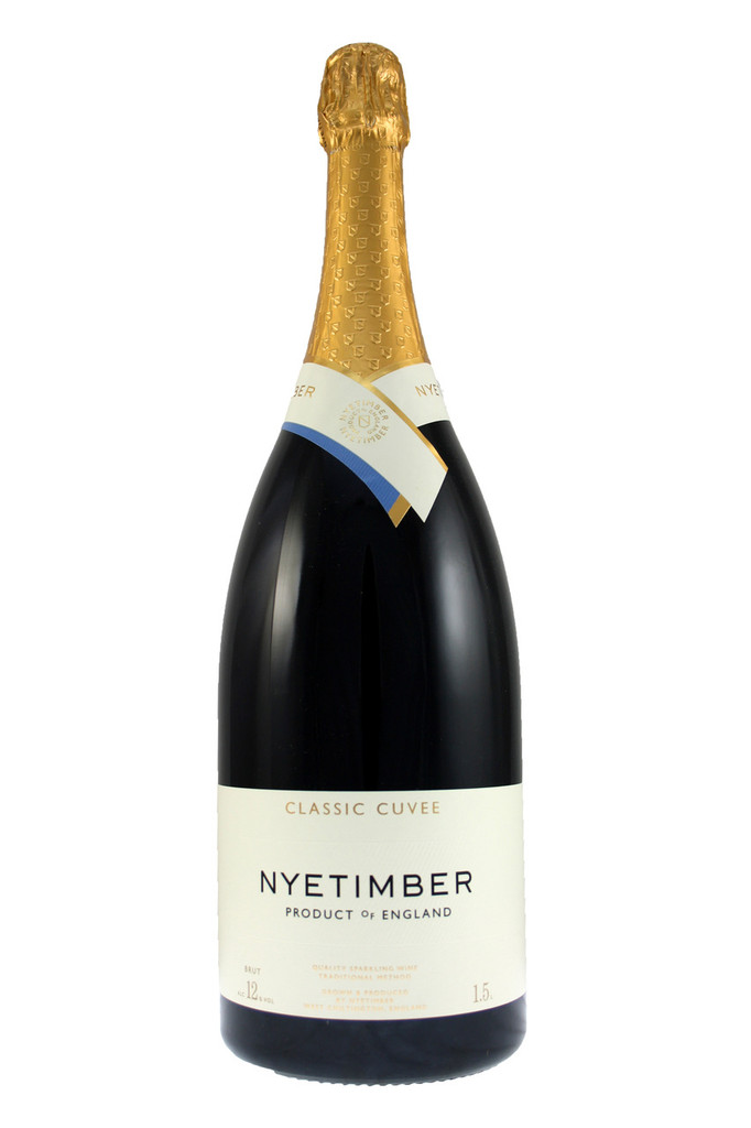 The classic cuvée has a generous creamy texture which epitomises the harmony of flavours that a blend of these grapes can bring.