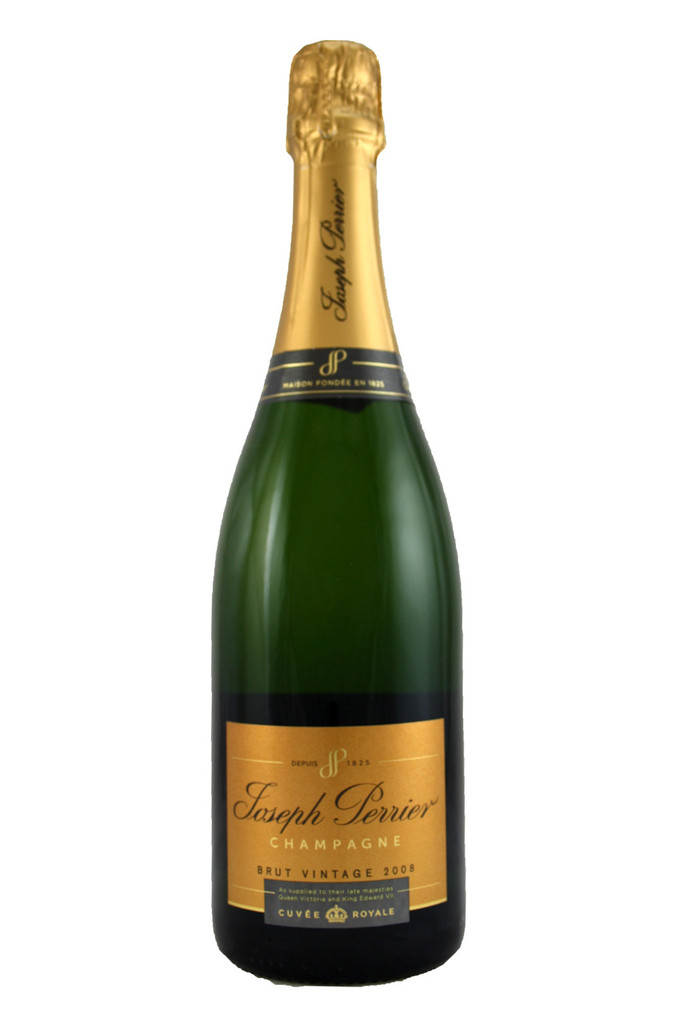 This cuvée ages for a minimum of five years prior to release.