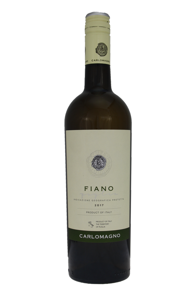The taste is full, soft, fresh and clean, very well balanced with a lively acidity.