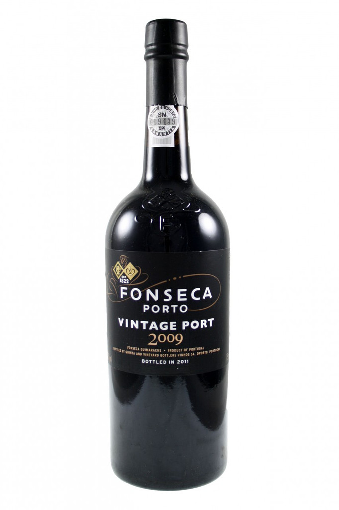 an exuberant, hedonistic fruitiness, a powerful redolence of dark dense blackberry and blackcurrant which slowly releases a heady mix of spicy and herbal aromas