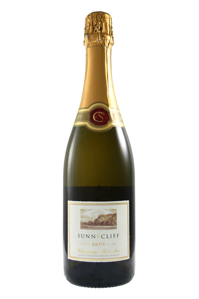 citrus aromas of lemon and full of fruit flavours with a creamy palate