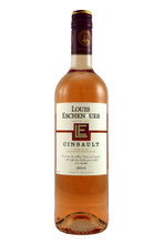 A very pale pink, it is clear and shiny. Very expressive aromas, reminiscent of red summer berries.