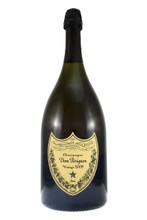 blend of Chardonnay and Pinot Noir has a backbone of crisp, lemony acidity