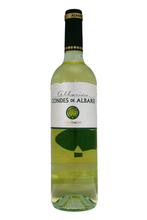 It shows an excellent acidity, a fine complexity and a very well balanced finish.